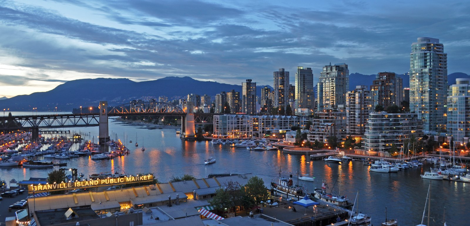 Vancouver Cityscape by Harshil Shah (@harshilshah on Flickr)